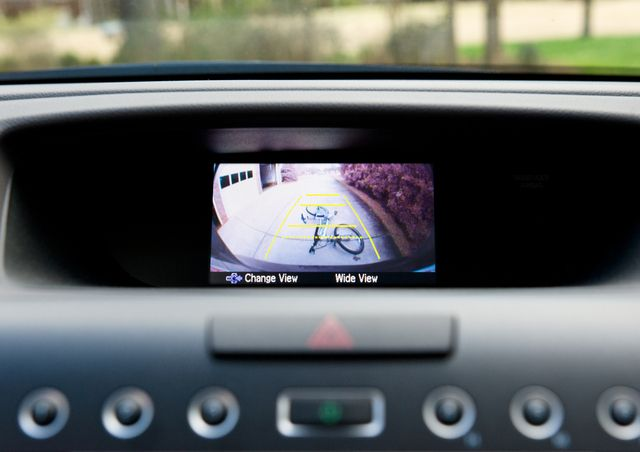 modern car safety features can give a discount on insurance